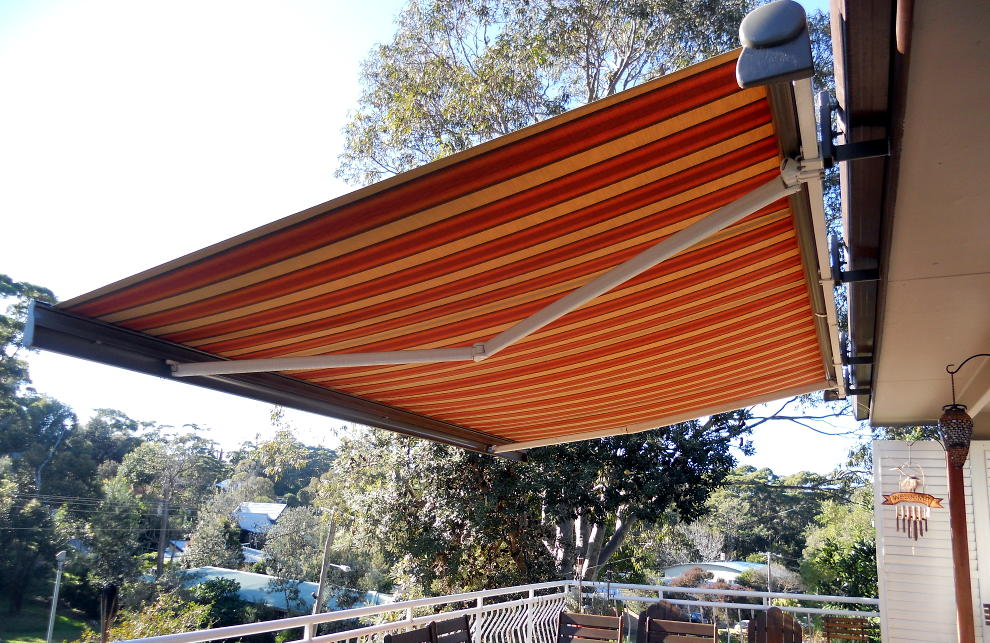 Toga - Folding Arm Awnings